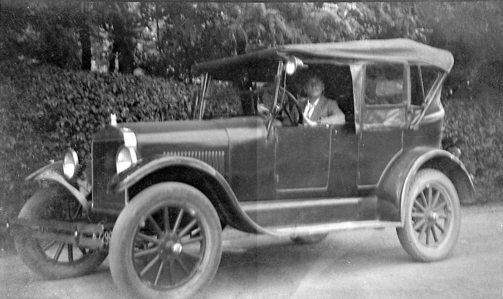 Ford T Touring (bron: Heemkunde Boxtel)