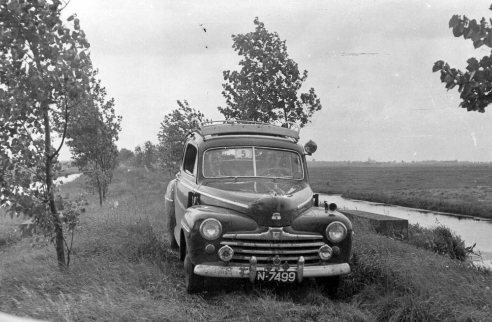 De Ford in de West-Nederlandrit 1951 (Coll. H. Smulders)