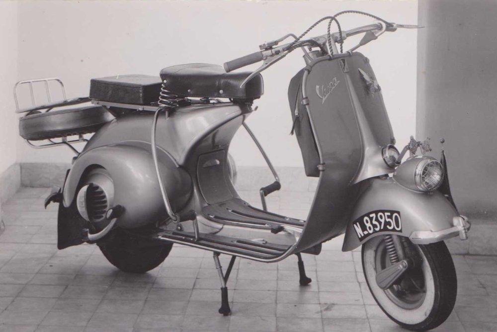 N-83950 Vespa (collectie A. van Thiel)