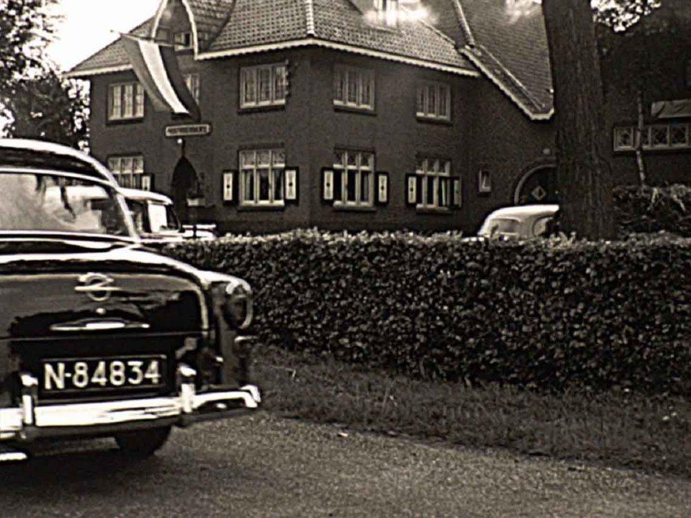 N-84834 Opel (Film: D. Schuitemaker, 1956 Bron: GAVA)