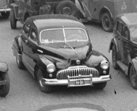 Buick (foto: Ben van Meerendonk / AHF, collectie IISG; CC BY-SA 2.0)